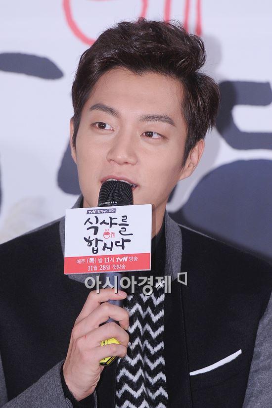 [단독]윤두준 '식샤2' 주인공…환상 먹방 기대