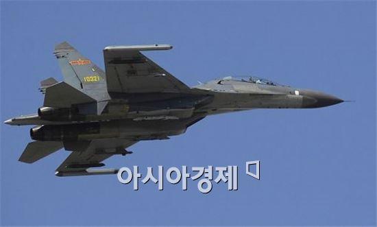 중국판 F-15로 통하는 J-11