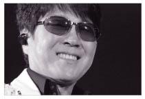 [올해의 스토리 인물 30]'歌王' 조용필, 10년만의 화려한 귀환