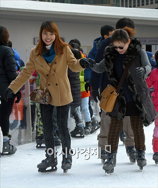 [포토]외국인 관광객도 즐거운 스케이트장