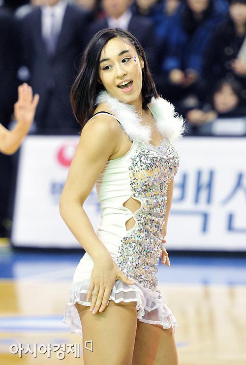 [포토] 김소니아의 섹시한 변신