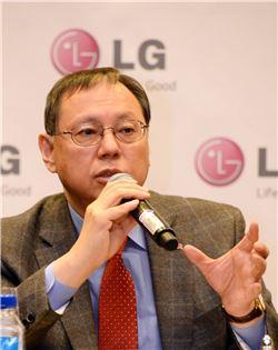 """조성진 LG전자 사장 """"글로벌 가전 1등 박차"""""""