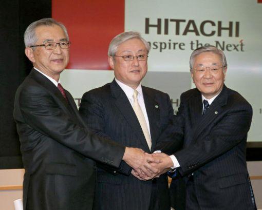 히가시 하라 히타치 사장 겸 최고운영책임자(COO.가운데)