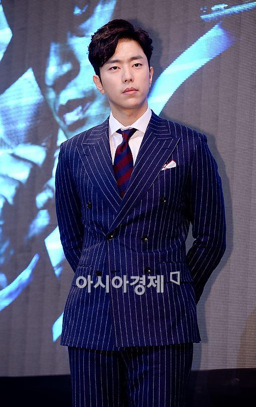 [포토]윤현민 '슈트의 정석'2