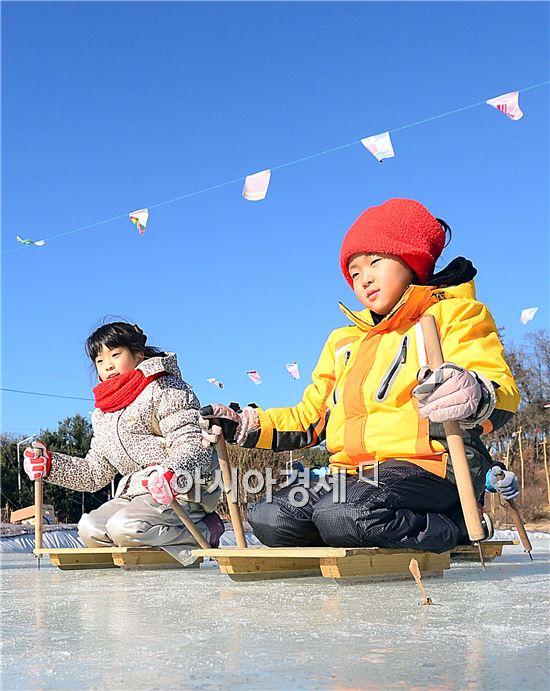 [포토]썰매장 찾은 어린이들