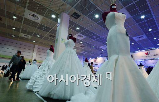 [포토]'화려한 웨딩드레스'