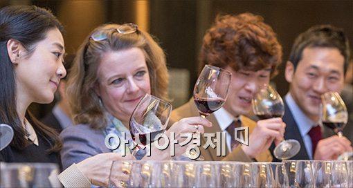 [포토]홈플러스, '최고의 와인을 찾아라'
