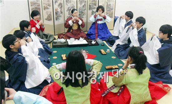장성 문불여무불여 캠프, 인성교육 장으로 '주목'