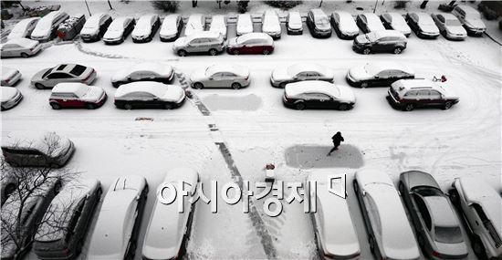 [포토]'주차장이 하얀 벌판'