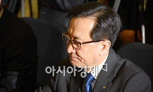 [포토]굳은 표정의 최수현 금감원장
