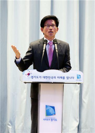 """김문수지사 """"아베때문에 한국이 위험하다"""""""