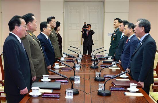 [포토]6년만에 만난 남북 고위급