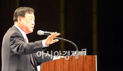 [포토]'임단협' 거듭강조하는 이희범 경총회장