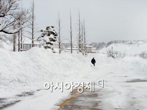 [포토]눈 쌓인 금강산