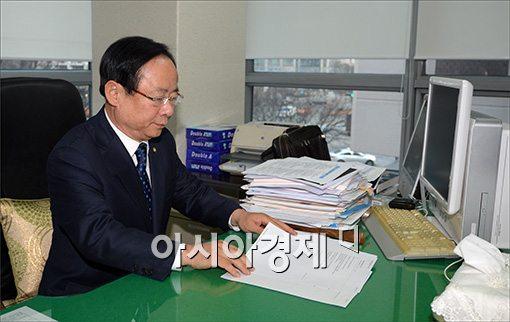 [포토]해수부장관 내정된 이주영 의원