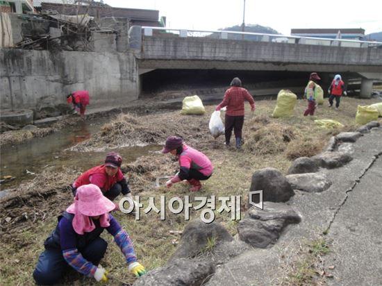 구례읍 정월대보름맞이 환경정화활동 실시