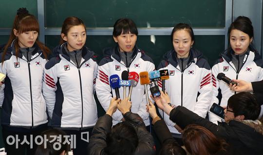 [포토] 인터뷰하는 컬링대표팀 맏언니 신미성