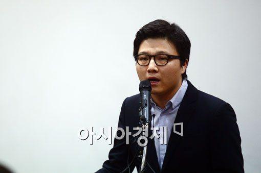 [포토]입장발표하는 송명제 전공의 비대위원장