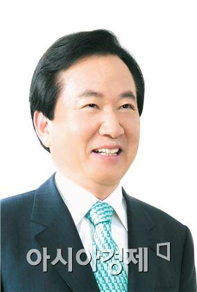 강운태 광주시장, 전통시장 상인회장들과 활성화 방안 논의