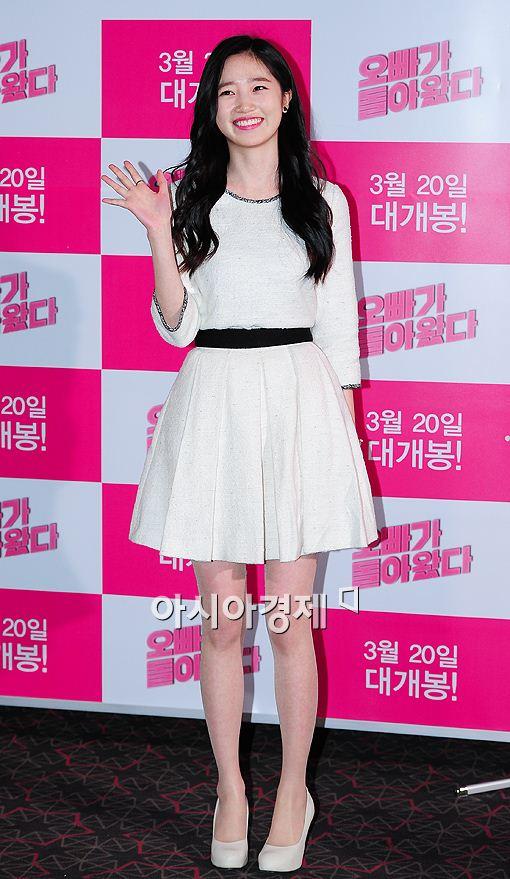 배우 한보배가 7일 오후 서울 왕십리 CGV에서 열린 영화 '오빠가 돌아왔다'(감독 노진수)기자간담회에 참석해 자리를 빛냈다.