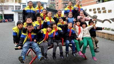 ▲한 반에 20명 쌍둥이가 화제 검색어 다시 올랐다.(출처:온라인커뮤니티)