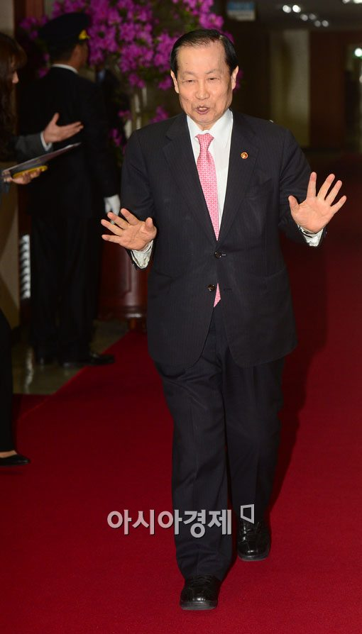 [포토]이경제 방통위원장의 마지막 국무회의