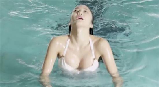 ▲NS윤지 수영복 영상 '야시시' 1차 티저가 공개됐다. (출처: 유투브 화면 캡처)