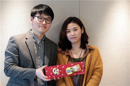 정도영, 명가을 작가(왼쪽부터)