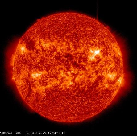 ▲SDO 위성(미국 NASA의 정지궤도 위성)의 코로나물질방출(CME) 관측영상.[사진제공=미래부]
