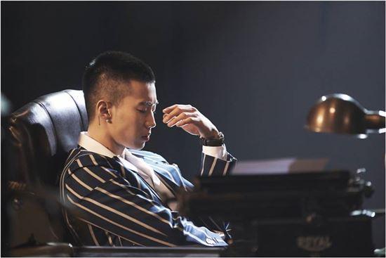 ▲ 신곡 '메트로놈'으로 돌아오는 박재범 / AOMG 제공