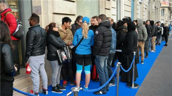 갤럭시S5 판매 첫 날, 프랑스