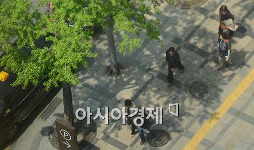 [포토]서울 낮 최고기온 24도 기록