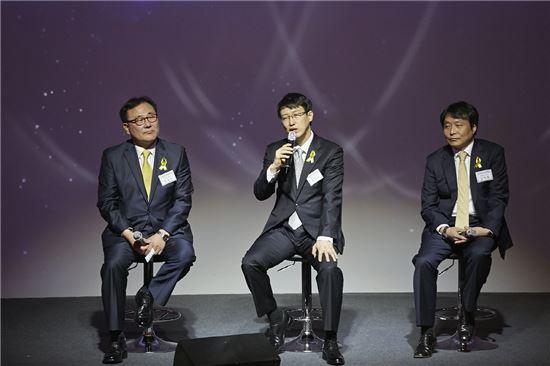 (왼쪽부터)박창진 부사장, 문지욱 부사장, 김태협 상무