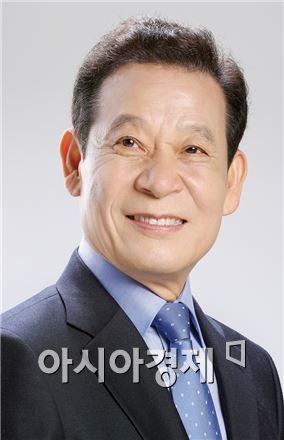윤장현 새정치민주연합 광주시장 후보