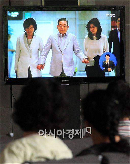 [포토]이건희 회장, 수술 후 삼성병원 입원
