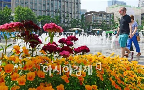 [날씨] 황금연휴 시작 '초여름' 날씨…밤부터 전국 비
