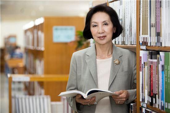 최은주 도서관정보정책위원회 위원장.