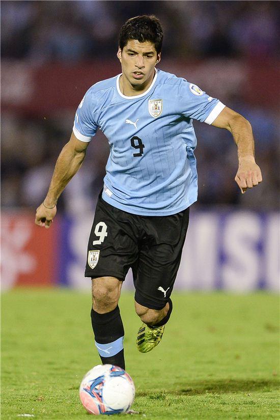 월드컵 d조 2차전 잉글랜드와의 경기에서 2골을 넣으며 팀승리를 이끈 우루과이의 루이스 수아레스(사진: gettyimages