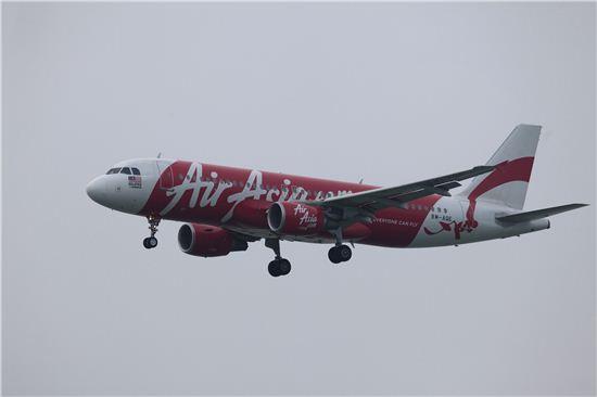 말레이시아 에어아시아 항공기. 사진=블룸버그