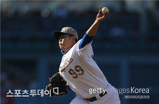 LA 다저스의 선발투수 류현진이 시즌 9번째 승리를 달성했다./ Getty Images