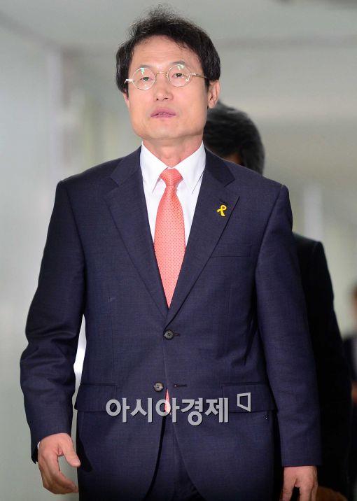 [포토]서울시 선관위 찾은 조희연 당선인