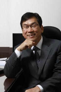 이상홍 초대 정보통신기술진흥센터장