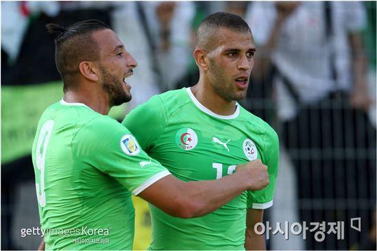 이슬람 슬리마니(오른쪽)[사진=Getty Images/멀티비츠]