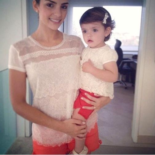 ▲카카의 부인 캐롤라인과 딸 이사벨라(사진:캐롤라인 트위터 캡처)