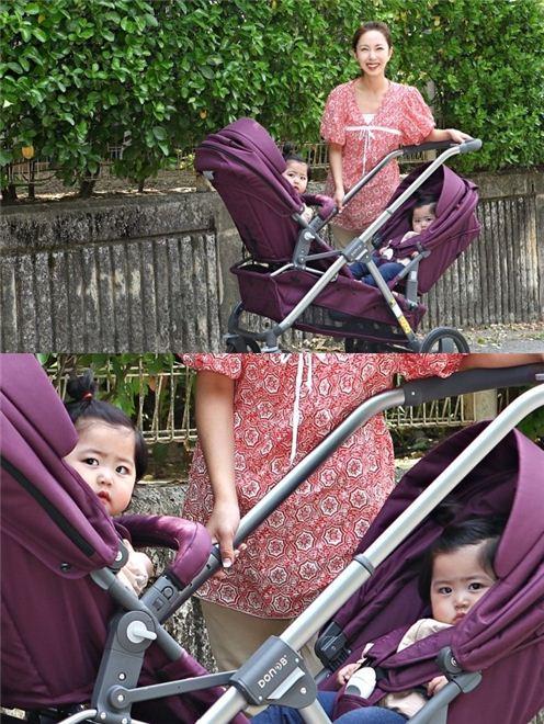 ▲슈가 블로그에 쌍둥이 자매와의 나들이 사진을 올렸다.(사진:슈 블로그)