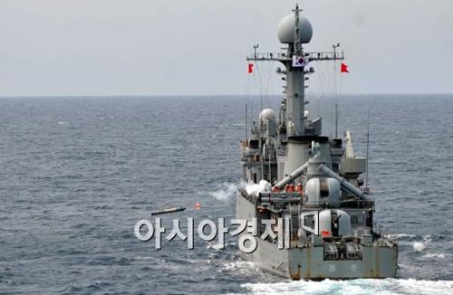 20일 원주함이 독도 해상서 청상어 경어뢰 발사 훈련