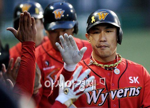 [포토]김강민,'오늘은 내가 해결사'