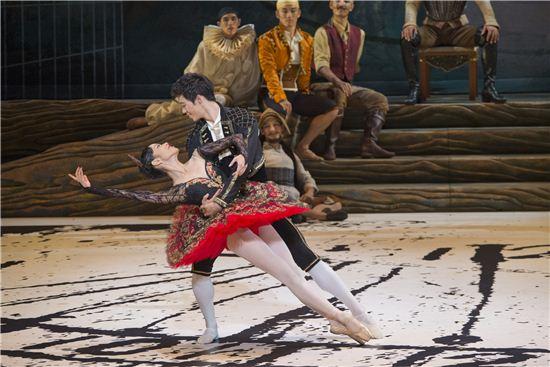 '돈키호테' 중 한 장면