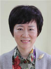 오미라 교수