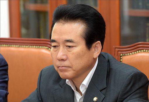 나성린 새누리당 정책위수석부의장